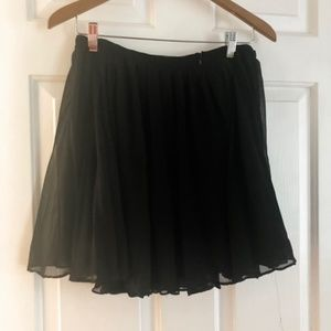 Madewell 1937 Pleated Black Skirt Size 2